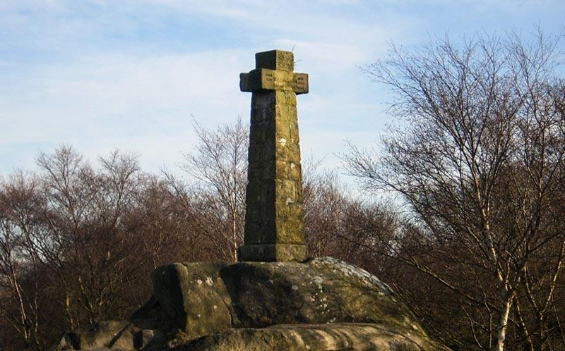 Wellington's Memorial in the Peak District