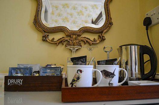 Coffee and tea-making facilites