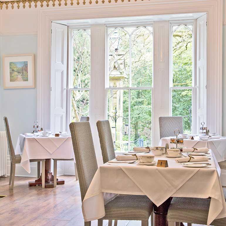 Glendon Dining room