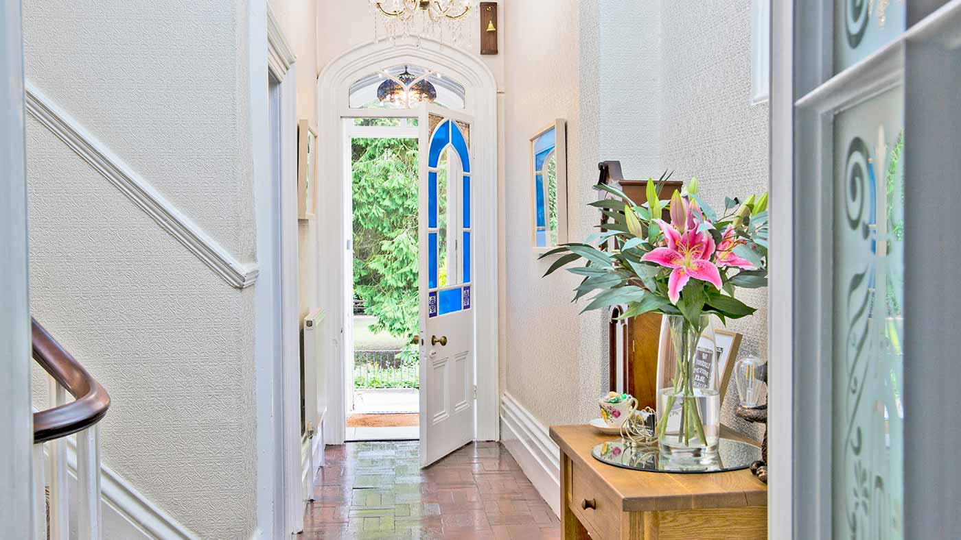 Hall with front door open at Glendon Bed and Breakfast